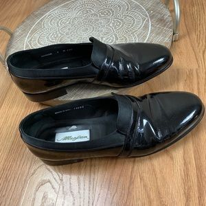 Mezlan Black Leather Loafers